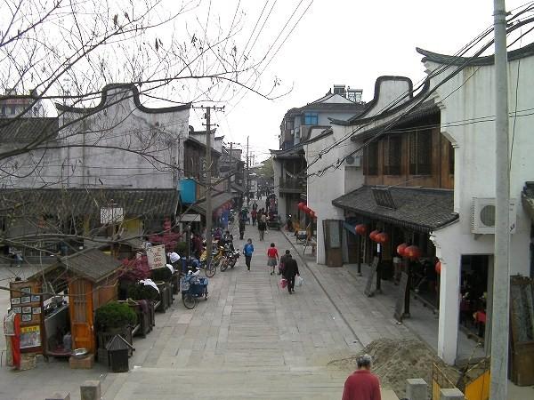 写真:清風橋(楓涇三橋)から南を見た景色